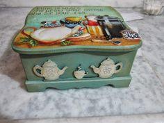 zülüşün işleri: Ahşap boyama hamur kabartma çay kutusu
