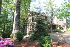 Cottage vacation rental in Wildwood Mountain (Highlands, NC, USA) from VRBO.com! #vacation #rental #travel #vrbo