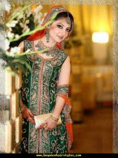 Beautiful Trend Of Multicolored Dresses For Mehndi Wedding Dresses For Girls, Wedding Dress Styles, Girls Dresses, Bridal Mehndi Dresses, Pakistani Wedding Dresses, Wedding Sari, Pakistan Bridal, Latest Dress Design, Pakistan Fashion
