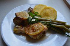 Zitronenhuhn mit Polenta Ein herrlich frisches Rezept, das ich gerne im Sommer koche. Ich serviere es immer mit grünen Bohnen und Polentatalern. Natürlich ka Chicken, Polenta Recipes, Parmesan Recipes, Beans, Oven, Fresh, Meal, Easy Meals