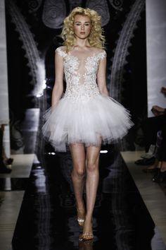 7 cele mai sexy rochii de mireasa pentru anul 2014