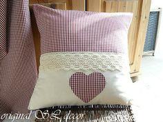 varrás és kötés a kényelem a házban.  párnák és Valentine (14) (640x480, 318Kb) Cushions To Make, Diy Pillows, Throw Pillows, Designer Pillow, Pillow Design, Primitive Pillows, Baby Quilt Patterns, Shabby Chic, Pillow Room