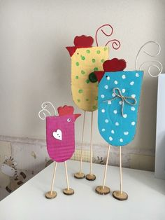 Furniture Craft Plans 318137161178935027 - Lena tinker – first graders – # first graders Source by Easter Art, Easter Crafts For Kids, Summer Crafts, Preschool Crafts, Diy For Kids, Diy And Crafts, Arts And Crafts, Paper Crafts, Chicken Crafts