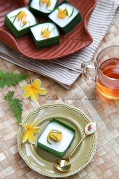 Kuih Tako Nangka Thai Dessert, Dessert Drinks, Traditional Cakes, Food Photography Tips, Indian Sweets, Asian Desserts, Food Decoration, Indonesian Food, Food Cravings