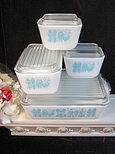 Vintage Pyrex Butterprint Amish Turquoise Refrigerator Dish Set