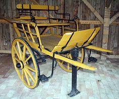 Regency Trivia – Carriages for the Country! Wooden Wagon, Wooden Wheel, Horse Drawn Wagon, Transportation Technology, Old Wagons, Arch Model, Horse Carriage, Car Wheels, Wheelbarrow