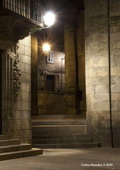 Praza da Quintana, entre penumbras. Santiago de Compostela