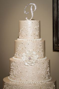 wedding cakes conroe tx lattice and dots alternating layered cake wedding cakes 24104