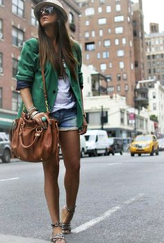 Truly believe a blazer can make a normal, everyday outfit stand out a lot and look unique.