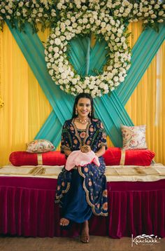 Simple & DIY Decor Ideas for your Mehendi/Haldi function at Home. With Backdrops and Flowers, We have so many Ideas for you.#shaadisaga #indianwedding #mehendidecorideas #mehendidecorideasathome #mehendidecorideassimple #mehendidecorideasoutdoor #mehendidecorideasbackdrops #mehendidecorideasdiy #mehendidecorideasathometerrace #mehendidecorideasathomesimplediy #mehendidecorideassatgedecorations #mehendidecorideasbackdropphotobooths Mehendi Decor Ideas, Mehndi Decor, Simple Diy, Easy Diy, Haldi Function, Intimate Weddings, Backdrops, Pastel, Flowers