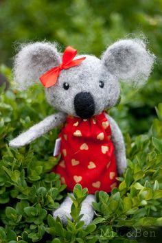 Katie Needle Felted Koala Doll von MiloandBen auf Etsy, $71.00