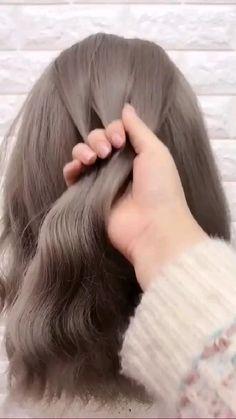 Hair Tutorials For Medium Hair, Cute Hairstyles For Medium Hair, Summer Hairstyles, Medium Hair Styles, Girl Hairstyles, Short Hair Styles, Straight Hairstyles For Long Hair, Easy Braided Hairstyles, Cute Simple Hairstyles
