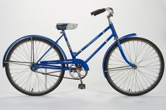 Schwinn girls bike from 1967 ~ This is MY bike!!!  Would love to have it back again...