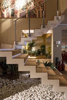 Unique modern staircase design ideas for your dream house 1 Home Stairs Design, Dream Home Design, Home Interior Design, Interior And Exterior, Interior Ideas, Stair Design, Interior Stairs, Interior Colors, Modern Interior