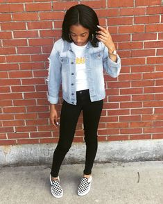 Cute Outfits For School, Fall Scarves, Denim Outfit, Jackets, Clothes, Instagram, Baddies, Women, Fashion