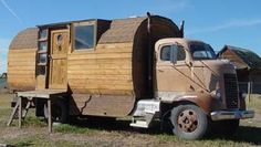 Chuck Woodbury's<br>Roadside Journal: Home made motorhome