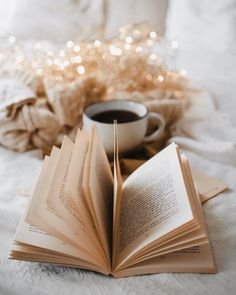from { { FeedTitle} }{ { EntryUrl} } Cream Aesthetic, Cozy Aesthetic, Brown Aesthetic, Autumn Aesthetic, Aesthetic Backgrounds, Aesthetic Wallpapers, Look Wallpaper, Book Flowers, Coffee Photography