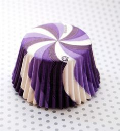 purple swirl cupcake liners by the cupcake social