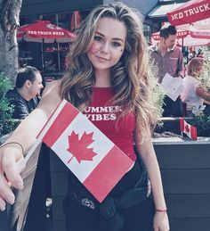 WEBSTA @ brecbassinger - Oot and aboot eh? #CanadaDayXo