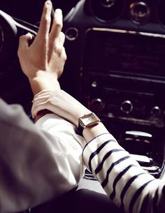 Enter the world of CHANEL and discover the latest in Fashion & Accessories, Eyewear, Fragrance & Beauty, Fine Jewelry & Watches. Popular Watches, Best Watches For Men, Cool Watches, Unusual Watches, Mvmt Watches, High End Watches, Modern Watches, Luxury Watches, Elegant Watches