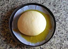 Focaccia con il piatto crisp del microonde