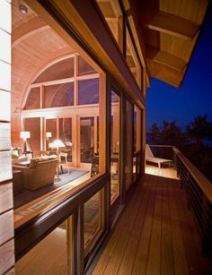 Organic Guest House with Curved Glulam Pine Beams   Casey Key Guest House