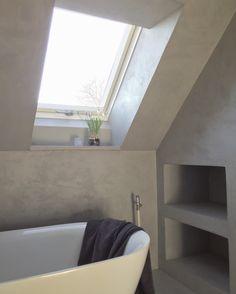 #kalkstuc on top of old tiles in bathroom :) #kalklitir .. www.kalklitir.com (webshop)