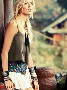 Bohemian Outfit, color tone of photo, background
