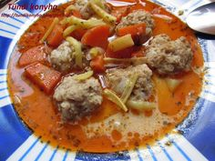 Hungarian Recipes, Hungarian Food, Thai Red Curry, Food And Drink, Ethnic Recipes, Essen, Hungarian Cuisine