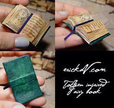 EV Miniatures: Batch of Old Miniature Leather Books