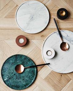green marble trend living tray kipfer wood materials combine Source by rosemariezucker The post green marble trend living tray kipfer wood materials combine & appeared first on The most beatiful home designs. Marble Tray, Marble Cake, Green Marble, Deco Table, Home And Deco, Kitchenware, Decoration, Dinnerware, Home Accessories
