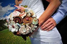 I love this bouquet! Something similar will be fashioned for my wedding!