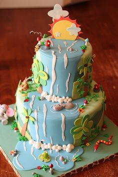 Cute jungle waterfall cake.