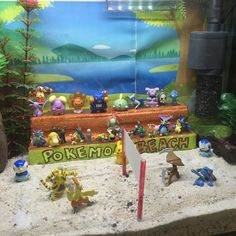 Found these aquarium displays in a local Homes store. Now I want to build one…