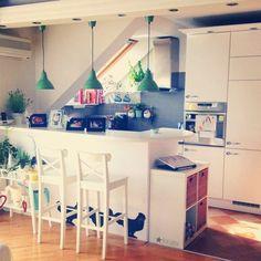 Előtte-utána: tippek konyhabútor fejújításához | A napfény illata Furniture Makeover, Loft, Diy, Kitchen, Home Decor, Cooking, Decoration Home, Bricolage, Room Decor