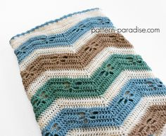 Dragonfly Chevron Baby Blanket I can't seem to get enough of these adorable little dragonflies! This blanket features the little critters in a sweet chevron design. I worked it in 4 colors but really it would look great with any number of colors or even in one solid color to show off the texture. I …