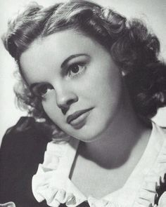Judy Garland was born in 1922, her real name was Frances Ethel Gumm. Description from classicfilms-kallim.blogspot.com. I searched for this on bing.com/images