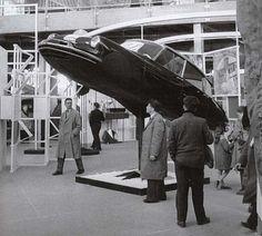 Expo Universelle – Bruxelles-1958 - Ils nous promettaient que les autos allaient voler :-(