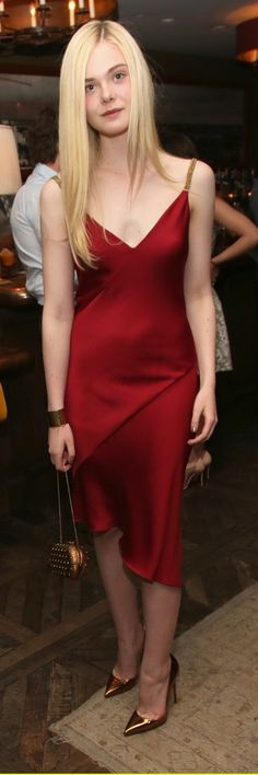 """Elle Fanning veste #Versace no """"Marie Claire May Cover Party"""" em Hollywood (08/04/14)"""