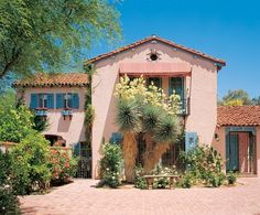 Linda Ronstadt's pink house in Architectural Digest 04