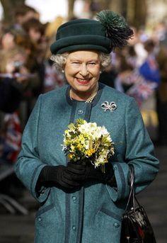 United Kingdom Queen Elizabeth, 2004