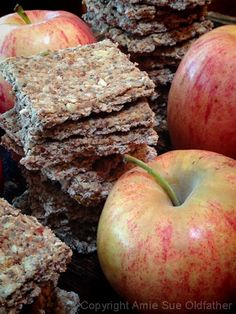 raw apple cinnamon crackers