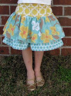 DYI little girl's skirt: Rebecca, you might like this.