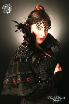 Items similar to - Cape Once Upon a Time - Handmade - Beadembroidery - EBEG on Etsy Ad Fashion, Capelet, Once Upon A Time, Beadwork, Costumes, Costume Ideas, Steampunk, Goth, Creations