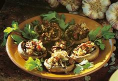 Fylte sjampinjonger | Meny Frisk, Tapas, Bacon, Food And Drink, Mexican, Snacks, Chicken, Dinner, Vegetables