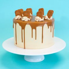 (biscoff cake) looks so scrummy :D <3