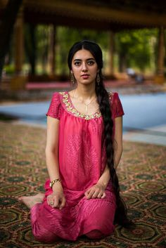 Romanian Photographer Shoots Women From 121 Countries To Show That Beauty Is Everywhere Dushanbe, Tajikistan … Long Indian Hair, Beautiful People, Beautiful Women, Beautiful Cats, Beautiful Tattoos, Animals Beautiful, Beautiful Places, Beauty Around The World, Braids For Long Hair