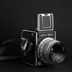 Kowa SIX キューピーコーワとかキャベジンコーワとか作ってる興和がかつて作ってた中判フィルムカメラ  #kowaSIX  #Kowa #film #クラシックカメラ #クラカメ #オールドカメラ #中判 #ブローニー #フィルムカメラ