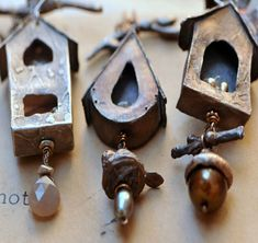 Birdhouses by Christi Anderson. (Cassioppea on Etsy) She works in metal clay and has much more detailed pieces. Jewelry Crafts, Jewelry Art, Jewelry Design, Jewellery, Body Jewelry, Jewelry Ideas, Handmade Necklaces, Handmade Jewelry, Metal Clay Jewelry
