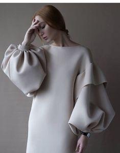 Dress, $250 at instagram.com - Wheretoget Look Fashion, Fashion Details, Womens Fashion, Fashion Design, Fashion Trends, Fall Fashion, Fashion 2018, Elegance Fashion, Trendy Fashion
